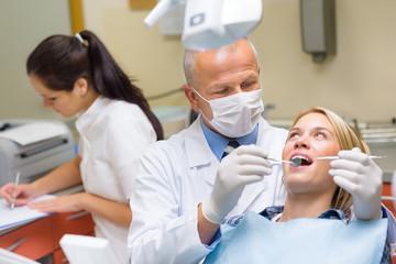 Vantaggi Impianti Dentali a Carico Immediato